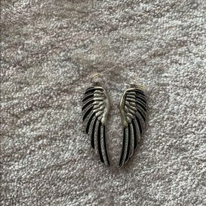 Wing silver earrings